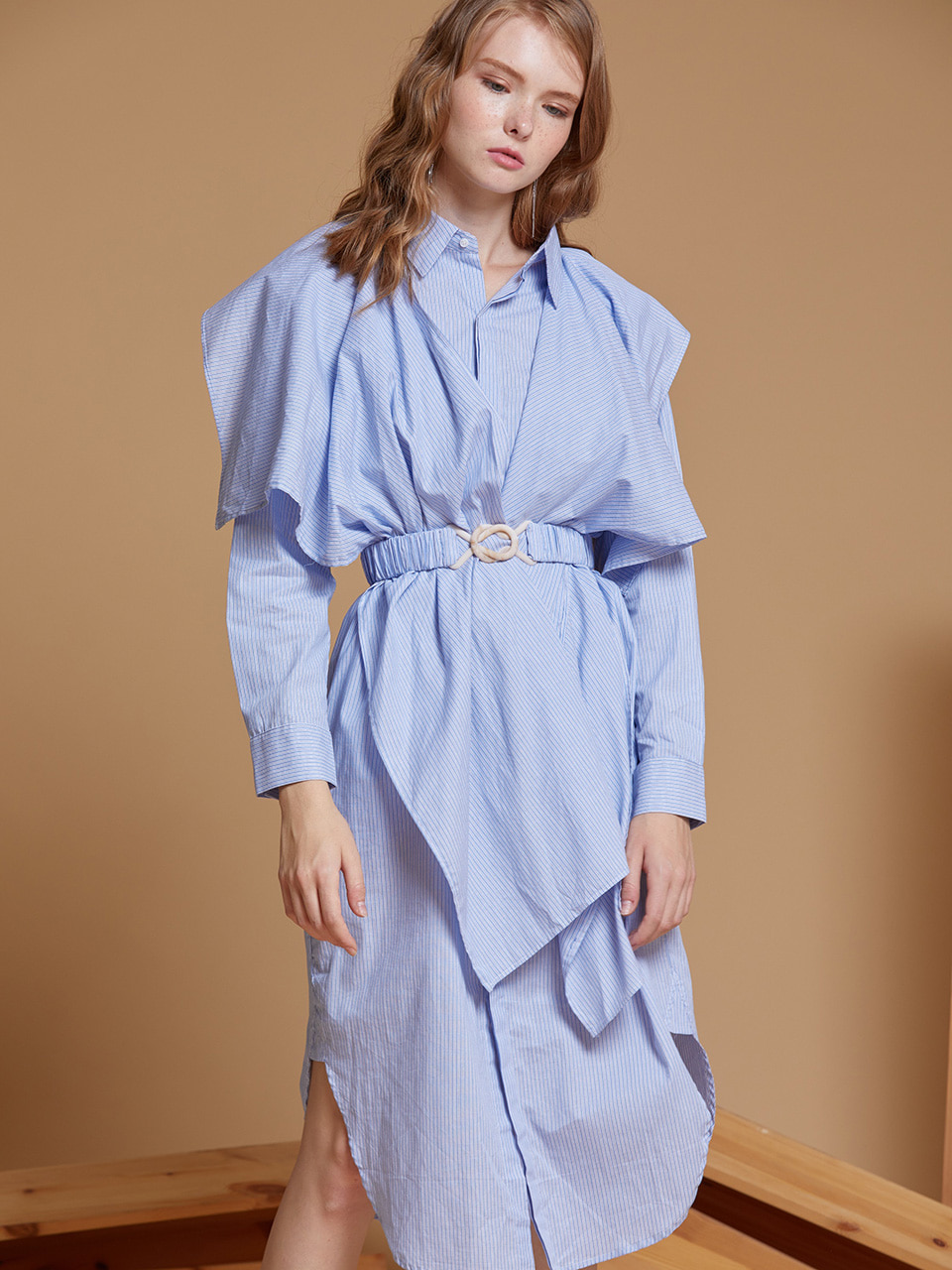 AHIN RUFFLE BACK SHIRT DRESS [BLUE][CY-DR-A52-1]