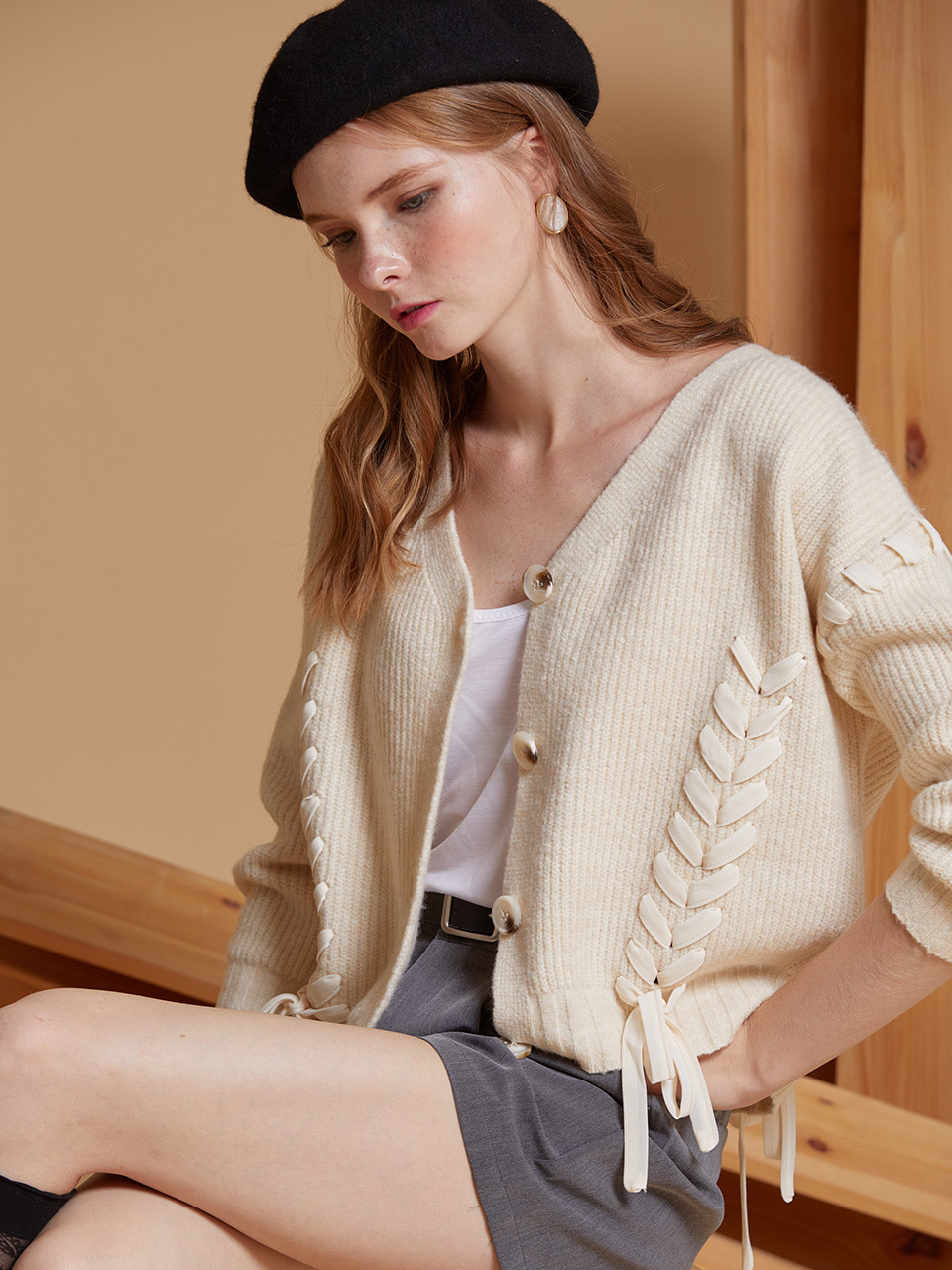 AHIN CROSS STRAP RIBBON CARDIGAN [BE] [RA-KN-CO-818]